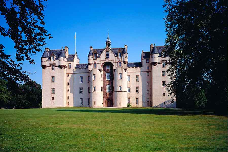fyvie castle grounds