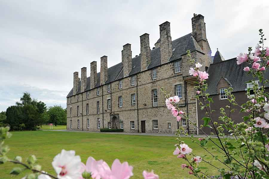 loretto school grounds