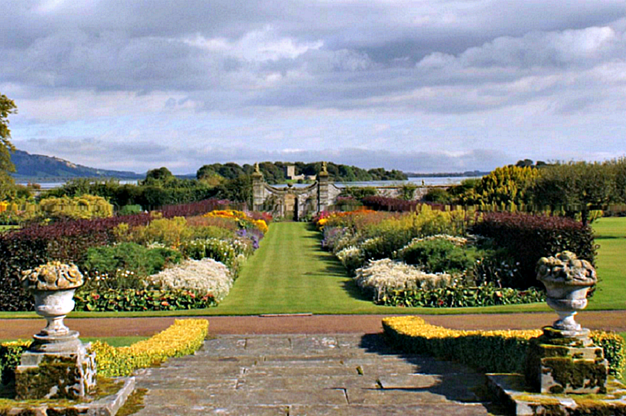 kinross-house-grounds